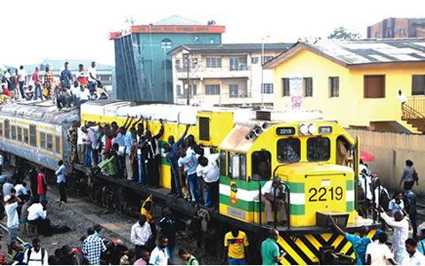 nigeria_train_hanging