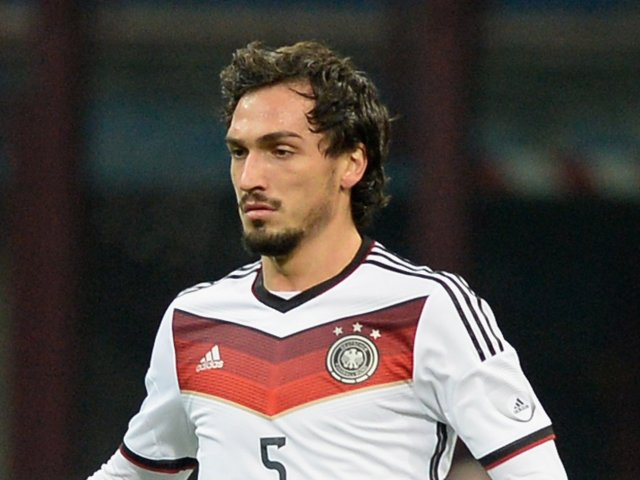 Arsenal Vs Manchester United Gunners Want Hummels