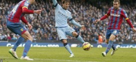 Man City win to move level on points with Chelsea