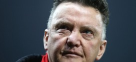 Louis van Gaal Says Manchester Must Win the Rat Race. Image: Getty.