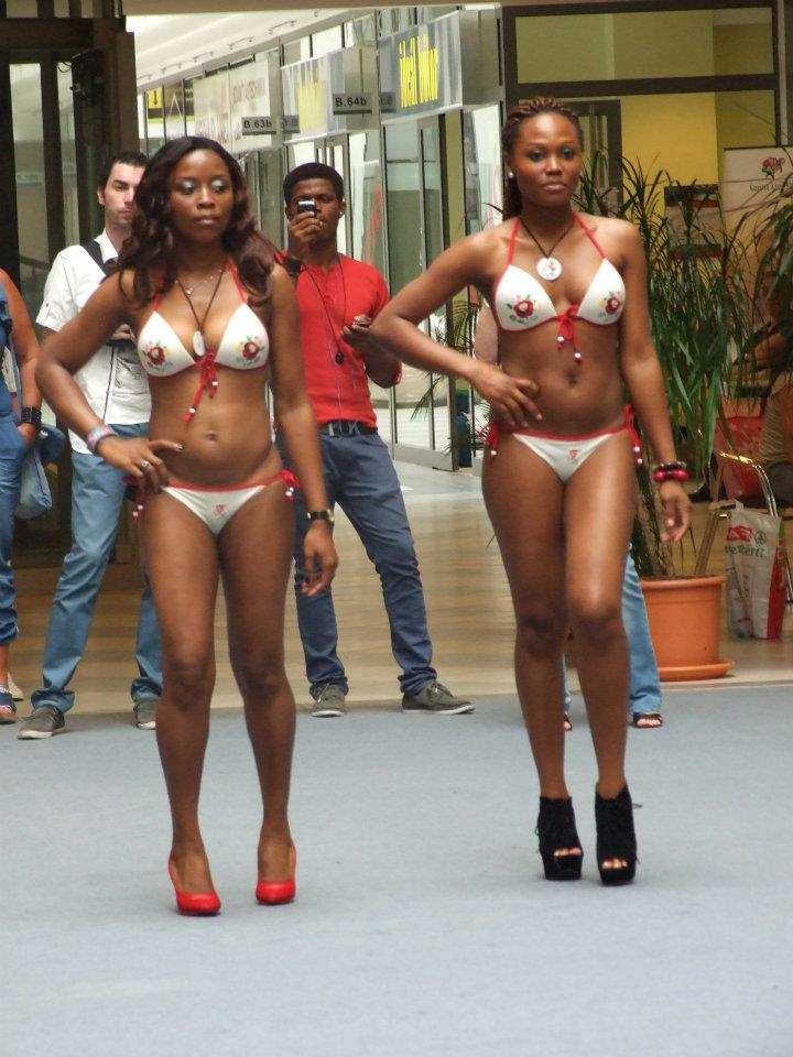nigerian girls show it all in bikinis photos