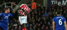 Hughes Grateful to Moses for 'His Best Performance' against Everton
