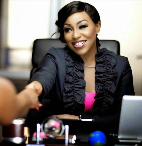 rita-dominic-looking-older-and3