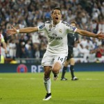 Javier Hernandez Celebrates his Match-Winning Goal against Atleti at the Santiago Bernebeu. Image: Getty.