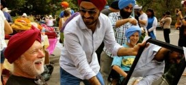 Sikh man who removed turban to help injured boy rewarded by strangers