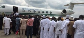 Former President Jonathan & Wife Given Grand Welcome In Port harcourt | Photos