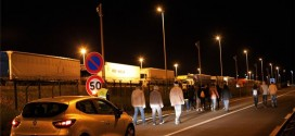 One Die As 1,500 Migrants Attempts To Enter Eurotunnel