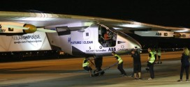 Solar Impulse Plane Lands In Hawaii