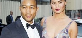 Chrissy Teigen Steps Out With John Legend… Without Bra!!! [PHOTOS]