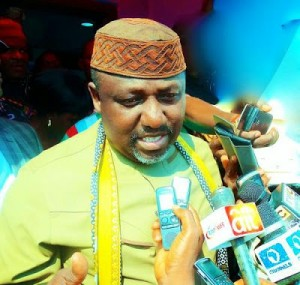 Governor Rochas Okorocha Tongue -lashed By Nigerians Over His Calls To Slash Salaries Of Political Office Holders