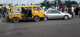 SHOCKING: Policeman Dies While Trying To Apprehend Danfo Driver In Lagos