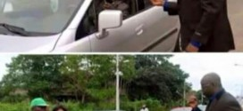 Nigerians Come For Fayose For Playing FRSC Official On Ekiti Road