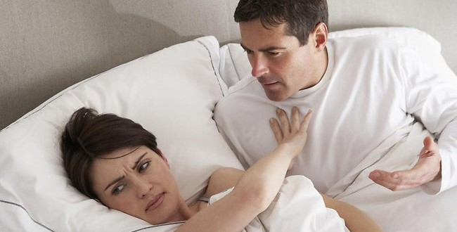5 Bad Vibes You're Unwittingly Sending Your Spouse