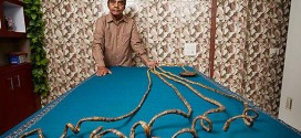 FACT: Man With World's Longest Fingernails Hasn't Clipped Them In Over 60 Years