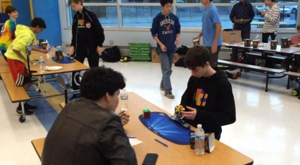 14-Year-Old Solves Rubik's Cube In 4.9 seconds, Beats World Record