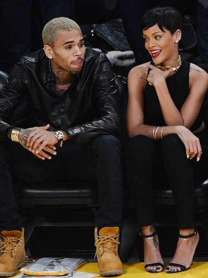 Chris Brown Invites Rihanna To Join Him For Epic Christmas ...