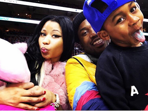 Photos: Nicki Minaj All Smiles As She Hangs Out With Meek ...