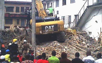 Surulere-collapsed-building