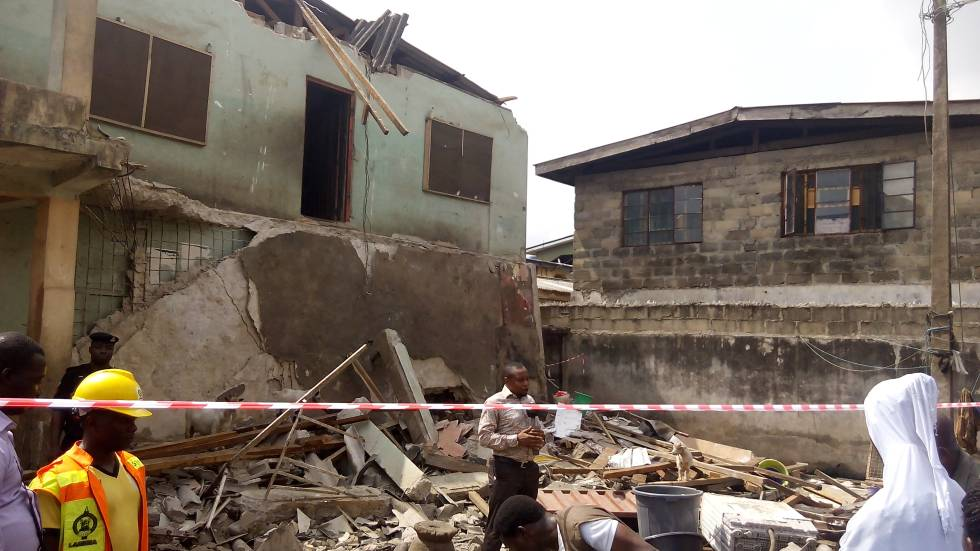 The Summit Reno >> 47-year-old Woman Killed As Another Building Collapses In Lagos - INFORMATION NIGERIA
