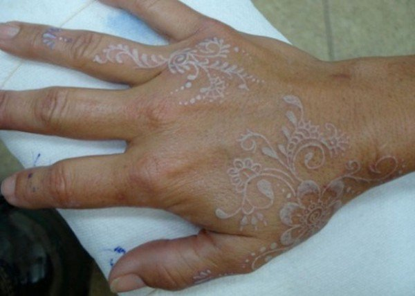 White ink tattoos a visually stunning yet controversial for How much are white tattoos