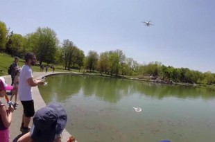 Drone-used-to-grab-goldfish-out-of-public-pond (1)