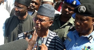 pic.-8.-gov.-el-rufai-visits-scene-of-bomb-blast-in-zaria-resized-800