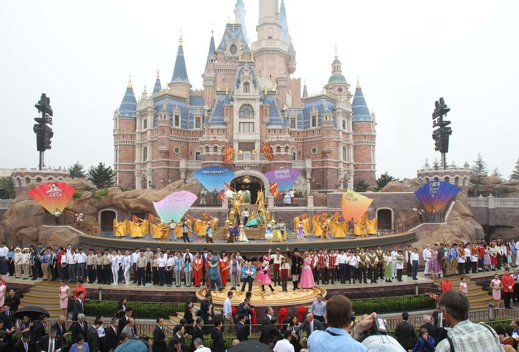 halloween at disney world for adults