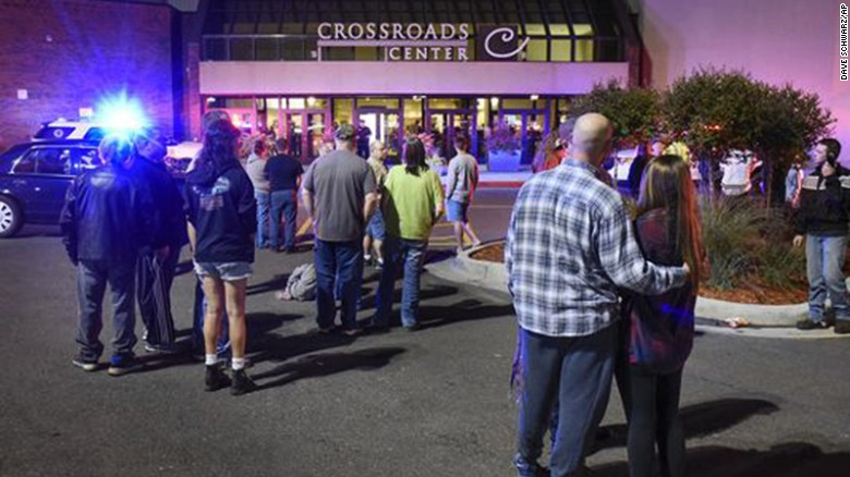 Cloud mall reopens following stabbing of 9