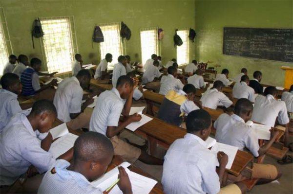 west african senior school certificate examination The west african examinations council (waec) has released provisional results of candidates of the 2018 west african senior school certificate examination for school candidates.