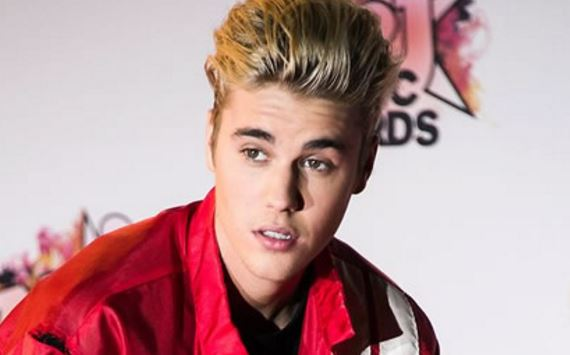 Justin Bieber Offers to Help Paparazzi After Accidentally Hitting Him With Car