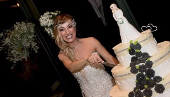 'Pinch of madness': Italian woman marries herself