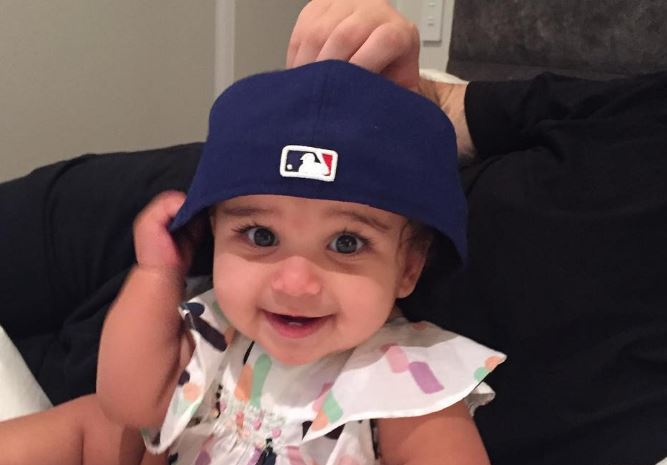 Rob Kardashian Shares Adorable Photo Of Daughter Dream After Reaching Custody Agreement