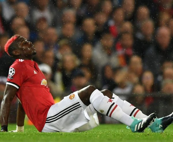 Manchester United's Paul Pogba faces four weeks out injured
