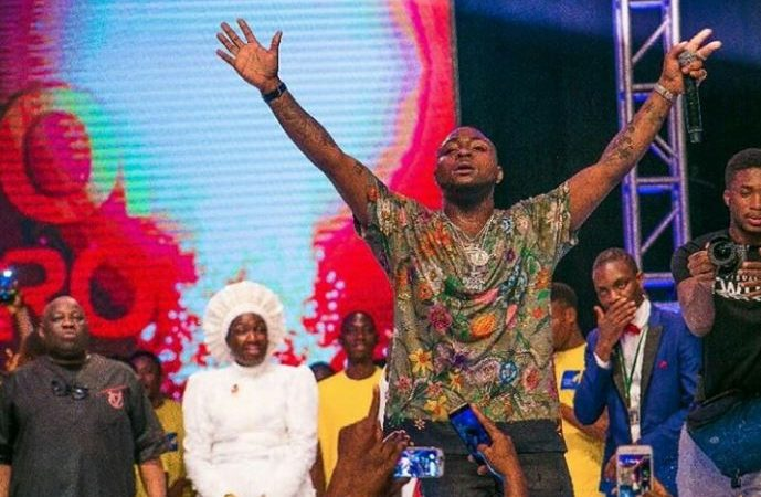 FINALLY! Davido Publicly Apologizes To Dele Momodu As They End Their Beef (Photos)
