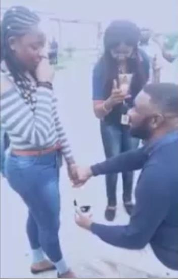 Handsome Nigerian Man Proposes To His Girlfriend At The Airport