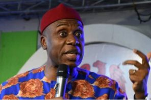 'I Would Shoot Anybody That Says Atiku' – Minister For Transportation , Rotimi Amaechi, Threatens During APC Campaign Rally In Kebbi Today (Video)