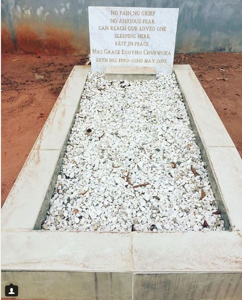 Chioma Chukwuka Shares Photo Of Her Mothers Grave As She