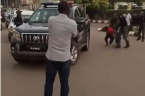 Nigerian police beat up and bundle suspected 'Yahoo boys' into a van in Benin. (Photos + Video)