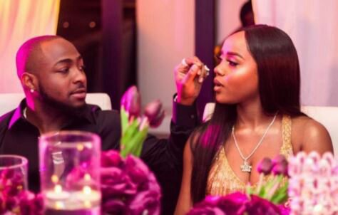 Davido shuts down club as he celebrates girlfriend's birthday