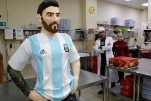 Photos of the cake Russians sculptured in the likeness of Lionel Messi for his birthday