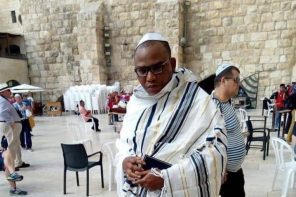 Missing IPOB Leader, Nnamdi Kanu Re-appears in Jerusalem, Seen Praying for the Impeachment of Buhari