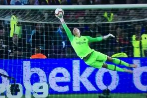 'What An Unreal Double Save' – Check Out Whats Fans Are Saying About This Wonderful Save From Barcelona's Goalkeeper(Video)