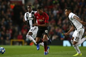 ManUtd 0 Juventus: Fans Throw Mud At Man Utd Players For Lack Of Character
