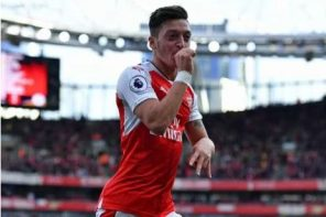Ozil Set New Premier League Record After Leicester Win