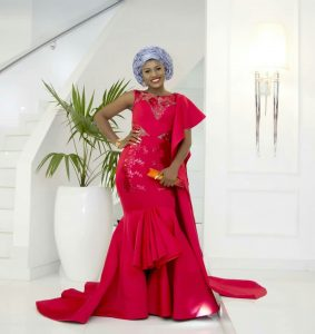 Alex Unusual is Asoebi Ready