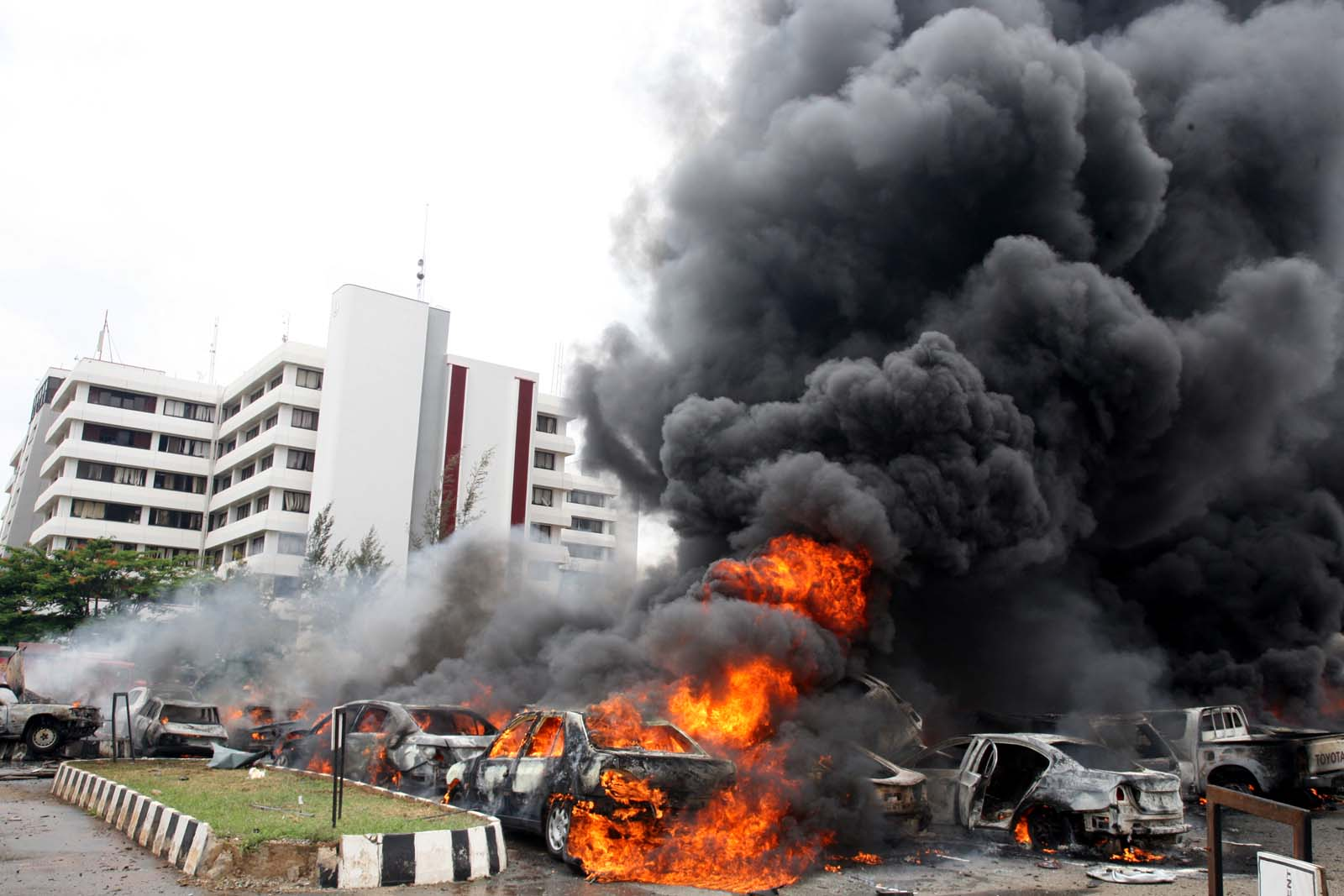 Boko Haram Bombs Police Headquarters Abuja INFORMATION