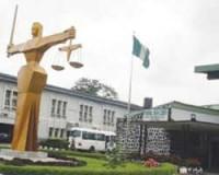 Judges, litigants lament decay of courtrooms