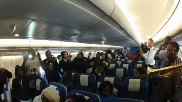 Video: Femi Kuti performs live inside plane