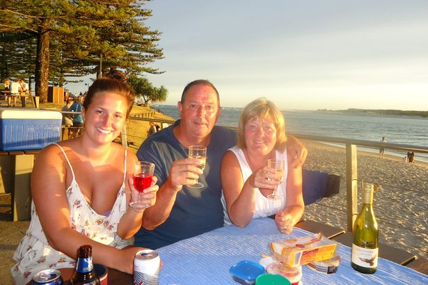 paul_marshallsea_with_his_wife_wendy_and_daughter_rachel_on_holiday_in_australia
