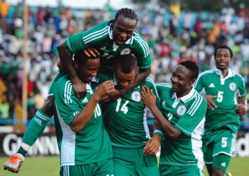 super-eagles-players-celebrating--360x254